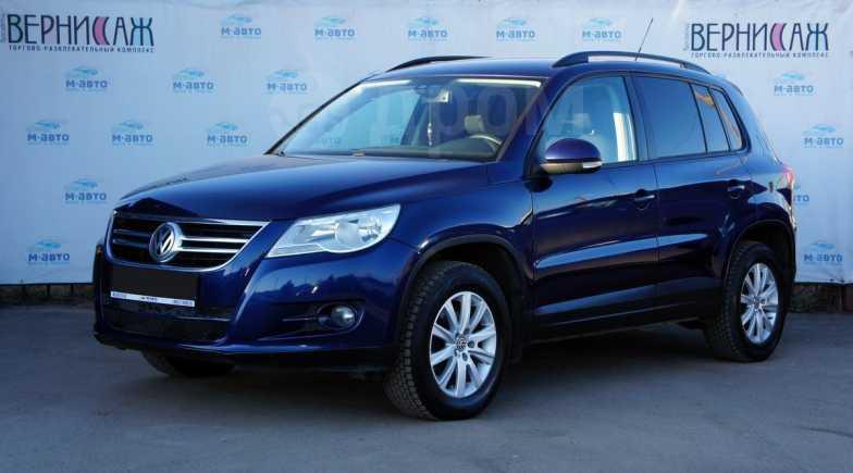 Volkswagen Tiguan, 2009 год, 495 000 руб.