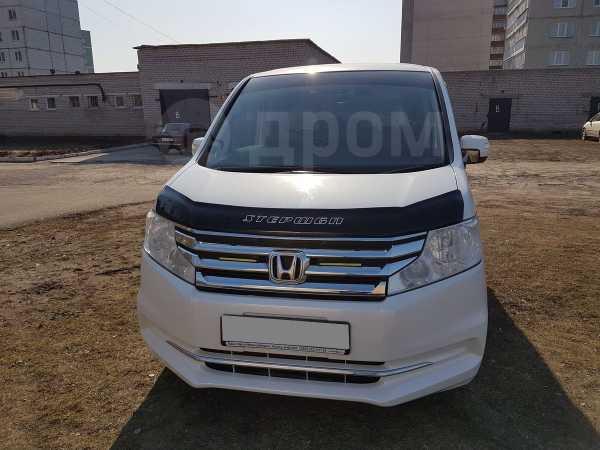 Honda Stepwgn, 2012 год, 940 000 руб.