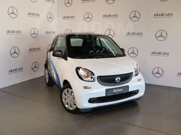 Smart Fortwo, 2018 год, 890 000 руб.