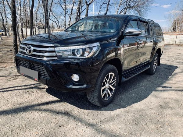 Toyota Hilux Pick Up, 2015 год, 2 070 000 руб.