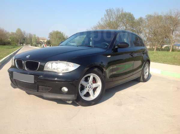 BMW 1-Series, 2006 год, 300 000 руб.