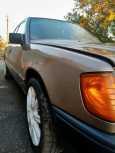 Mercedes-Benz E-Class, 1988 год, 178 000 руб.