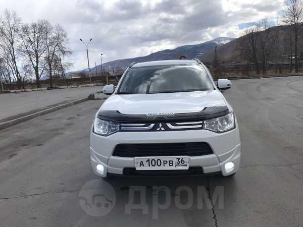 Mitsubishi Outlander, 2013 год, 1 099 000 руб.