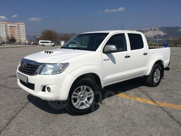 Toyota Hilux Pick Up, 2013 год, 1 190 000 руб.