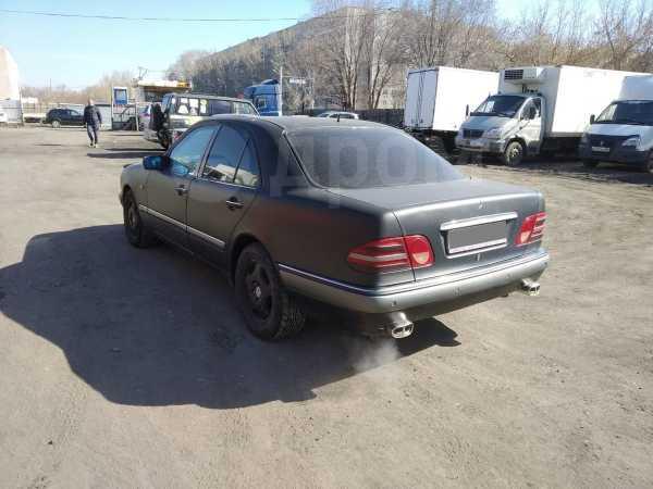 Mercedes-Benz E-Class, 1998 год, 167 000 руб.