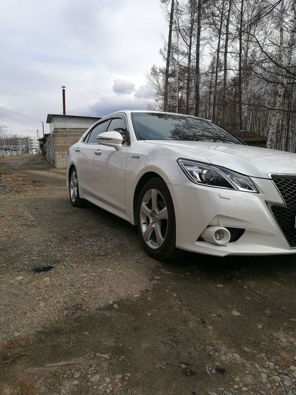 Toyota Crown, 2013 год, 1 820 000 руб.