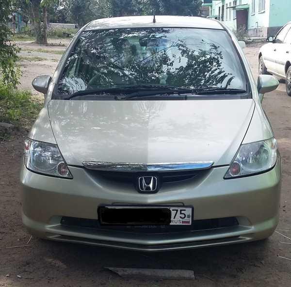 Honda Fit Aria, 2003 год, 245 000 руб.