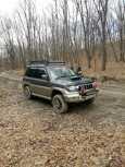 Mitsubishi Pajero iO, 1998 год, 330 000 руб.
