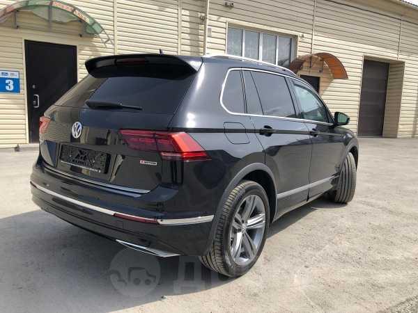 Volkswagen Tiguan, 2019 год, 2 400 000 руб.
