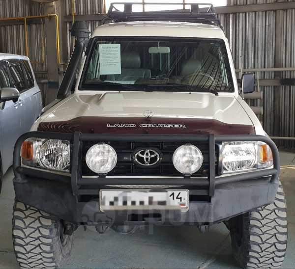Toyota Land Cruiser, 2010 год, 3 300 000 руб.