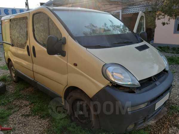 Opel Vivaro, 2002 год, 270 000 руб.