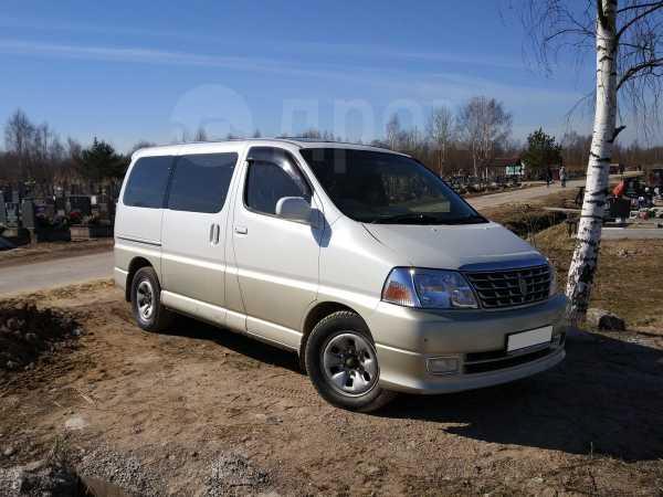 Toyota Grand Hiace, 2000 год, 750 000 руб.