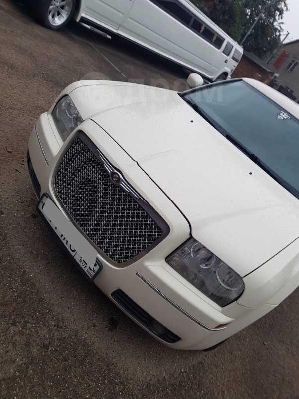 Chrysler 300C, 2007 год, 580 000 руб.