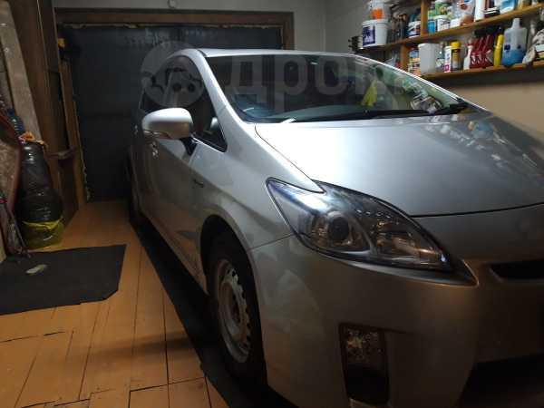 Toyota Prius, 2011 год, 750 000 руб.