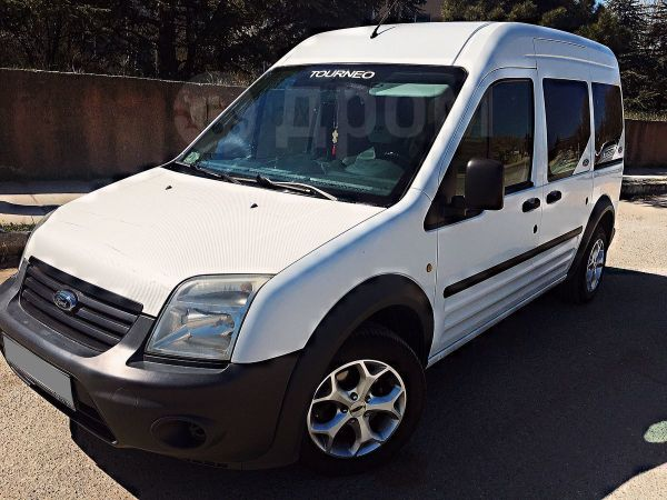 Ford Tourneo Connect, 2011 год, 600 000 руб.