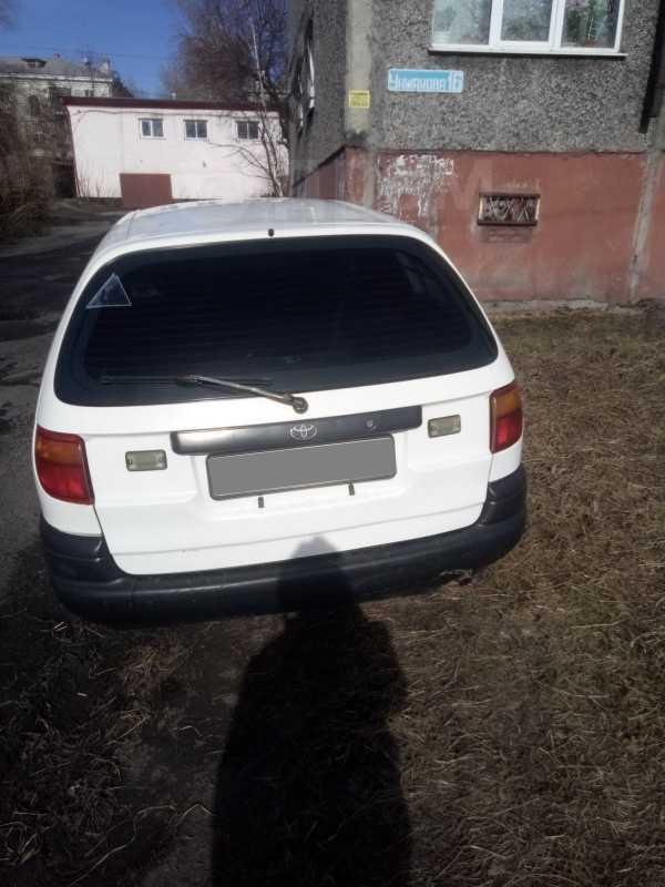 Toyota Caldina, 2002 год, 280 000 руб.