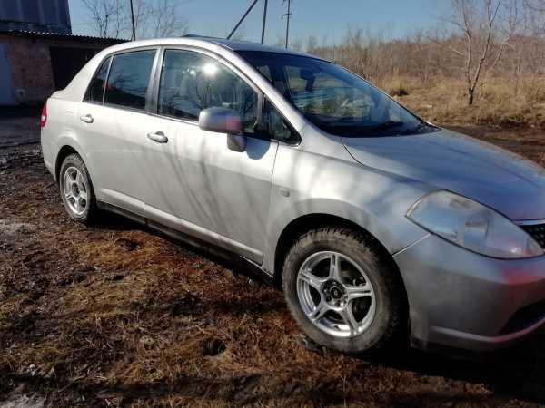 Nissan Tiida Latio, 2004 год, 245 000 руб.