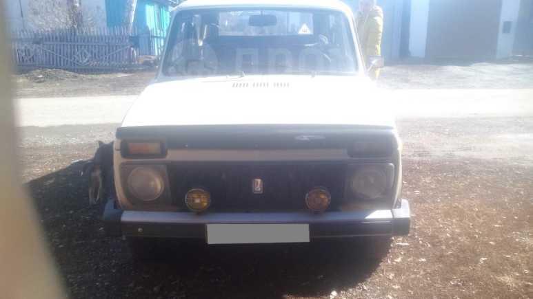 Лада 4x4 2121 Нива, 1984 год, 140 000 руб.