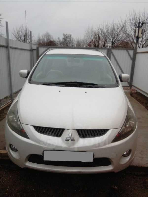 Mitsubishi Grandis, 2004 год, 225 000 руб.