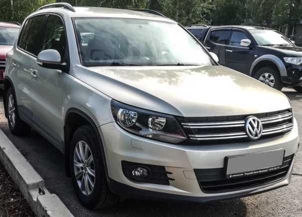 Volkswagen Tiguan, 2012 год, 637 000 руб.