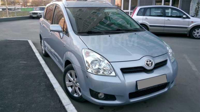 Toyota Corolla Verso, 2008 год, 585 000 руб.