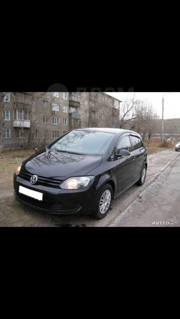 Volkswagen Golf Plus, 2012 год, 525 000 руб.