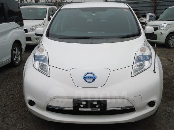Nissan Leaf, 2013 год, 435 000 руб.