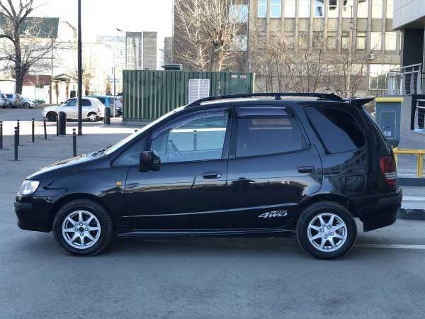 Toyota Corolla Spacio, 1999 год, 305 000 руб.