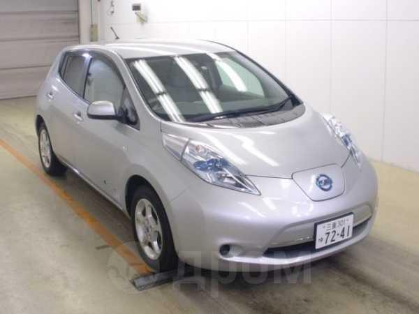 Nissan Leaf, 2011 год, 308 000 руб.