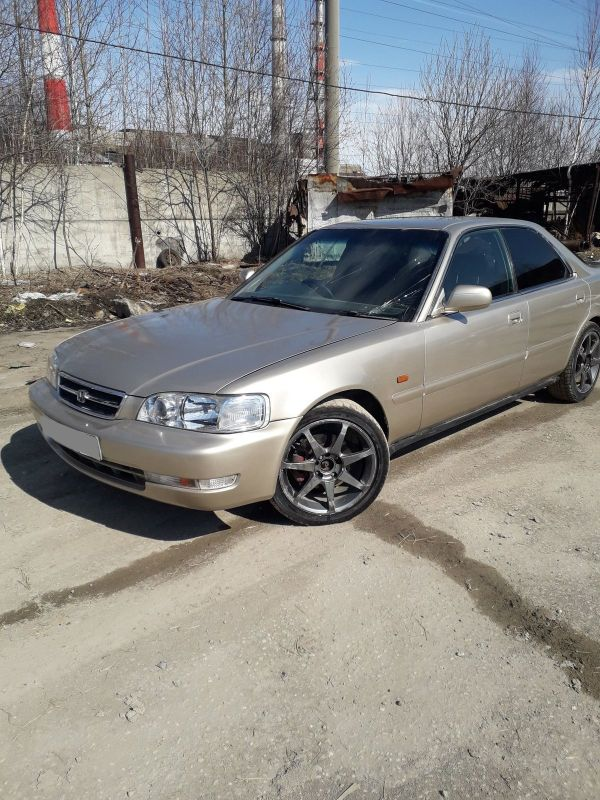 Honda Inspire, 1995 год, 155 000 руб.
