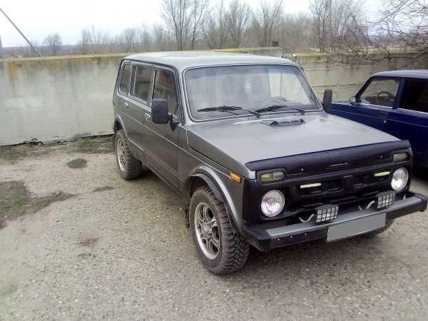 Лада 4x4 2131 Нива, 2006 год, 190 000 руб.