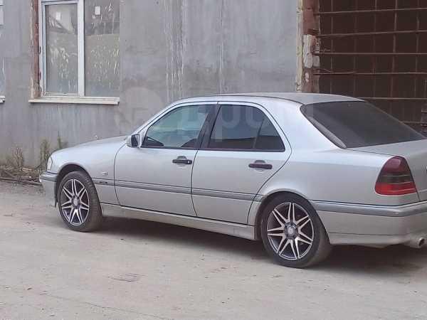Mercedes-Benz C-Class, 1999 год, 300 000 руб.
