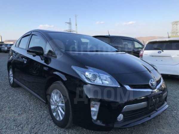 Toyota Prius PHV, 2014 год, 985 000 руб.