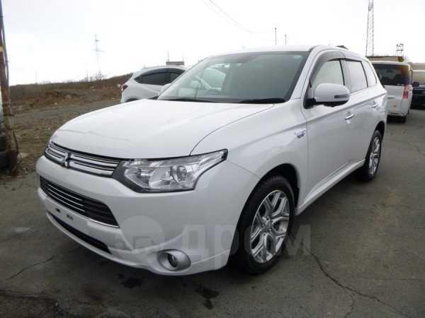 Mitsubishi Outlander, 2014 год, 1 420 000 руб.