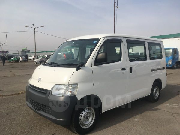 Toyota Town Ace, 2013 год, 699 000 руб.