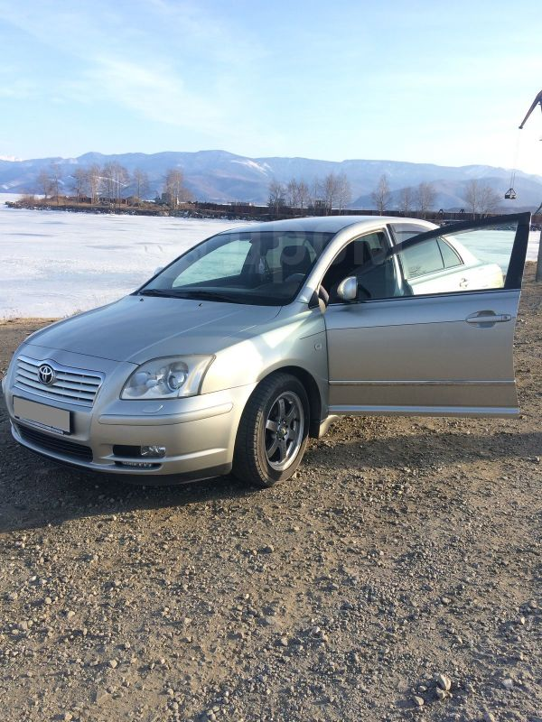Toyota Avensis, 2004 год, 510 000 руб.