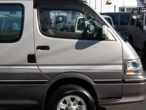 Toyota Hiace, 1999 год, 355 000 руб.