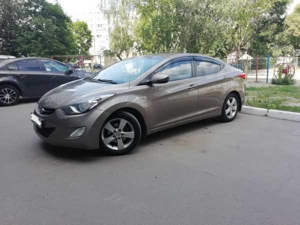 Hyundai Elantra, 2011 год, 555 000 руб.