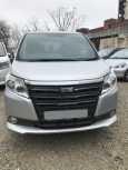Toyota Noah, 2014 год, 1 360 000 руб.
