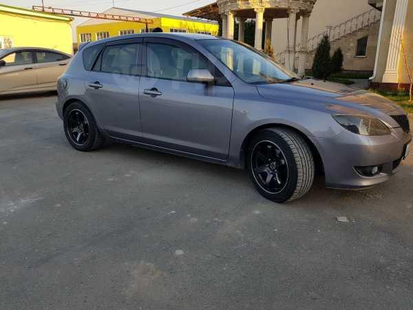Mazda Axela, 2005 год, 330 000 руб.