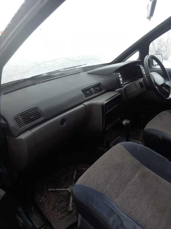 Nissan Prairie, 1994 год, 35 000 руб.