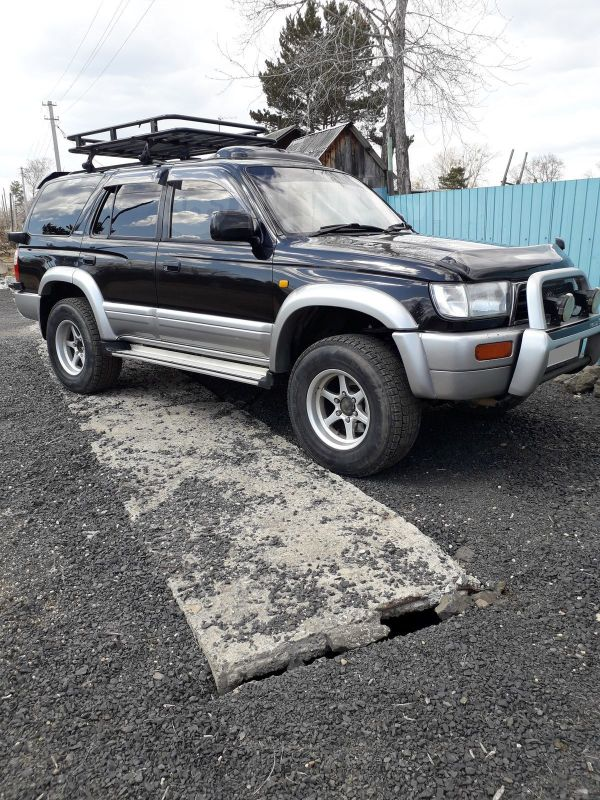 Toyota Hilux Surf, 1997 год, 615 000 руб.