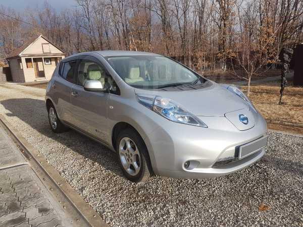 Nissan Leaf, 2011 год, 350 000 руб.