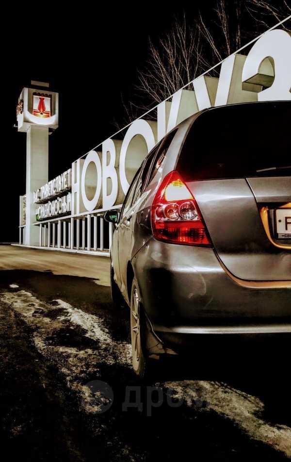 Honda Fit, 2004 год, 160 000 руб.