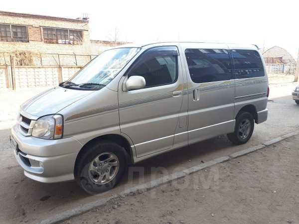 Toyota Touring Hiace, 2002 год, 590 000 руб.