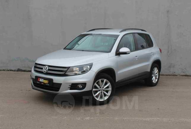 Volkswagen Tiguan, 2016 год, 999 000 руб.