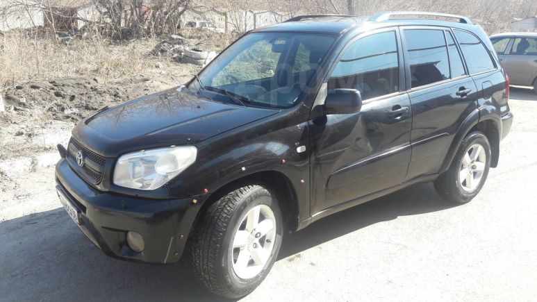 Toyota RAV4, 2004 год, 450 000 руб.
