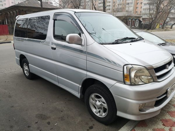 Toyota Touring Hiace, 2001 год, 500 000 руб.