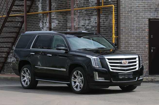 Cadillac Escalade, 2016 год, 4 500 000 руб.