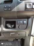 Nissan Serena, 2011 год, 939 000 руб.